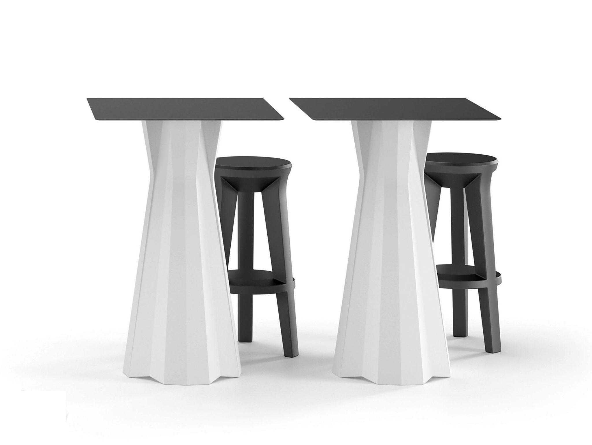 Tavolo sgabelli stunning tavoli e sgabelli bar bassi pino with