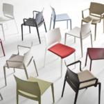 sedia in plastica per aredare bar e ristoranti pub