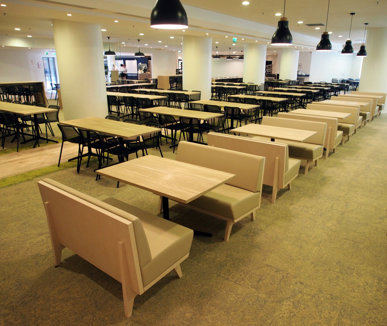 Divano dandy per l 39 arredo contract di ristoranti e bar dsedute - Palme con il cui legno si fanno sedie e tavoli ...