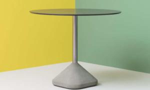 Tavolo bar con base centrale