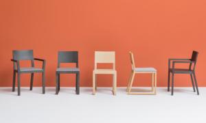Sedia in legno di rovere