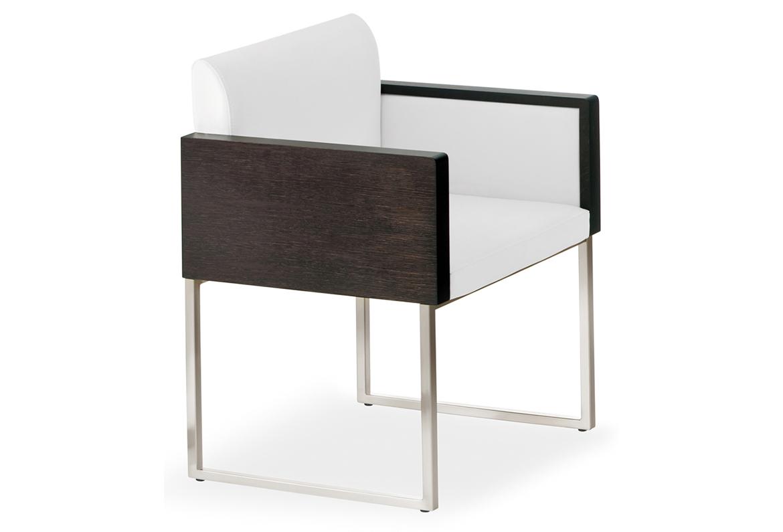 Poltrona lounge modello Box