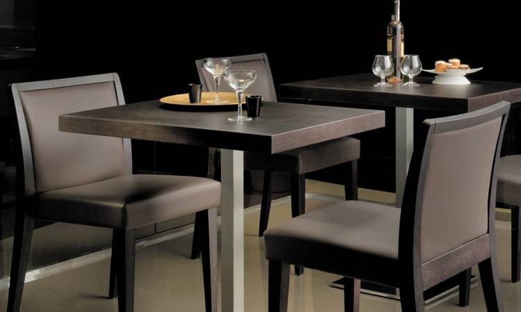 Sedia ristorante Glam in tamburato con seduta imbottita