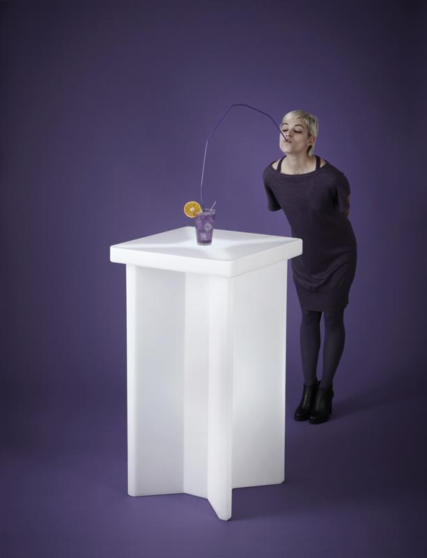 Tavolo Snack luminoso in plastica modello X2