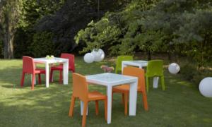 Tavolo in polietilene da esterno