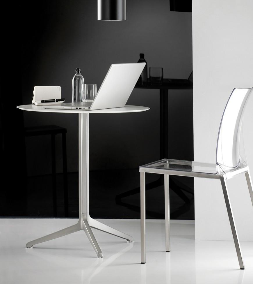 tavolo bar modello ypsilon con ripiani tondi e quadrati