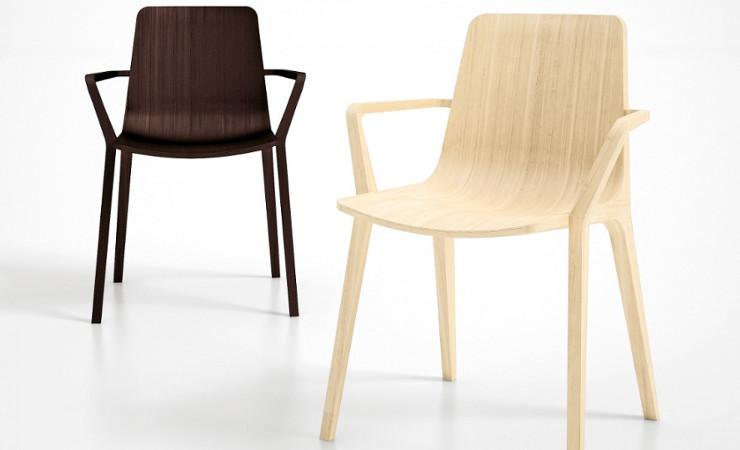profilo sedia in legno con braccioli