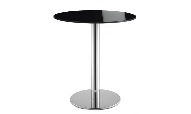Tavolo con piano in vetro colore nero