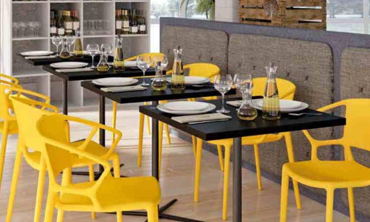 Tavolo bar moderno a gamba singola modello Loop