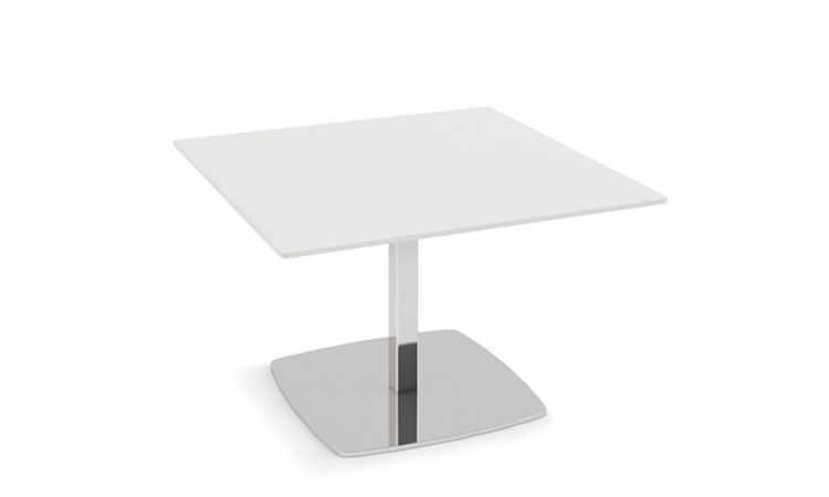 Bombè Table, tavolo a gamba singola per spazi interni ed esterni