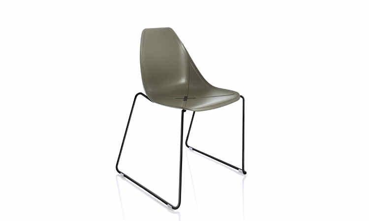 Sedia X Chair per ambienti interni ed esterni