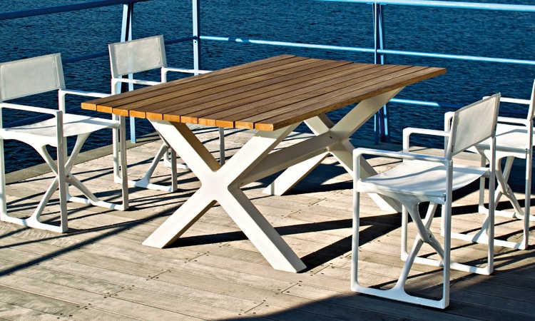 Banquete, tavolo da giardino e ambienti esterni