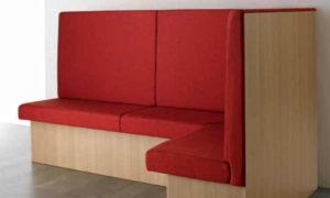 Idea, panca modulare imbottita per arredare ambienti interni