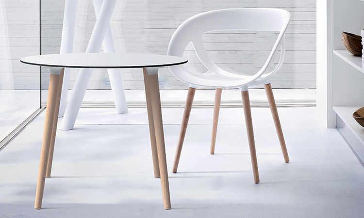 Stefano, tavolo moderno a quattro gambe, per interni