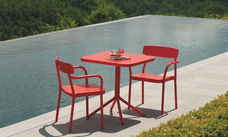 Grace, sedia moderna per esterni dal design vintage