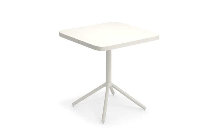 Grace, tavolo bar per arredare ambienti esterni