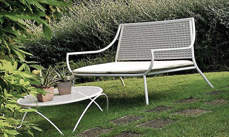 Vera, divano classico due posti da giardino
