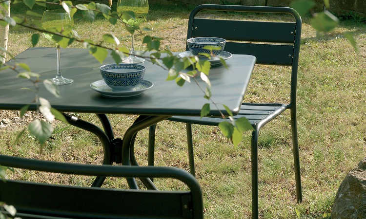 Solid, tavolo classico da giardino quattro gambe