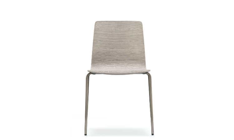 Inga, sedia impilabile per l'arredo indoor