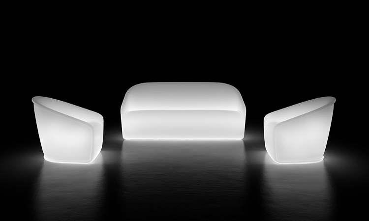 Settembre, divano luminoso, due posti, per interni ed esterni