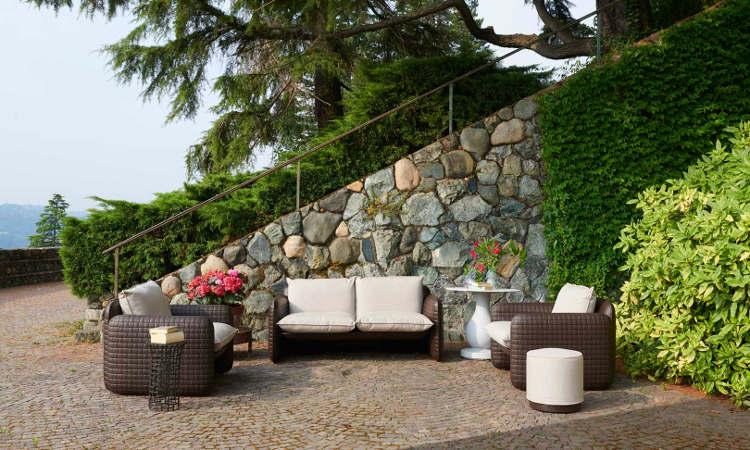 Mara, divano due posti per l'arredo indoor e outdoor