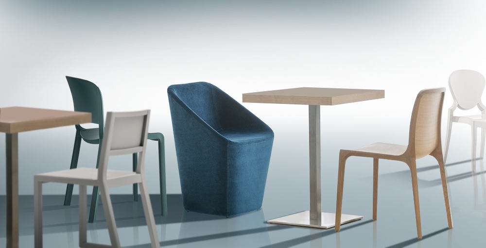 Sedie, tavoli e sgabelli