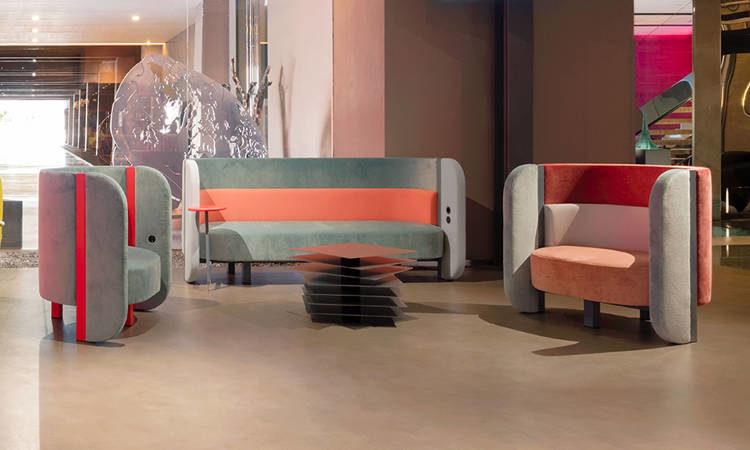 Bigala, divano imbottito da due o tre posti, per interni