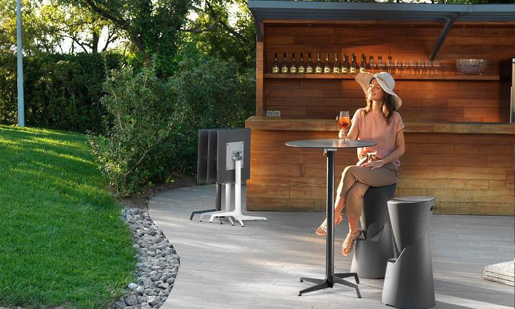Audrey, tavolo bar da esterno con piano tondo o quadrato