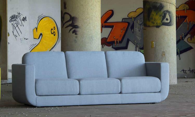 Nè, divano due, tre posti per l'arredo indoor