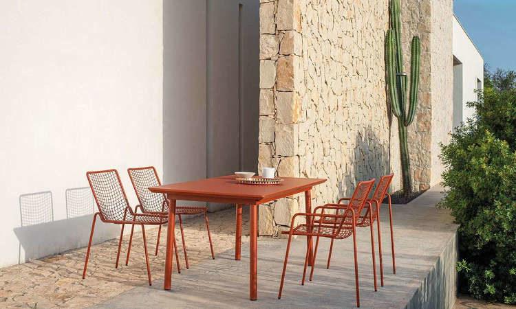 Plus4, tavolo allungabile per l'arredo outdoor