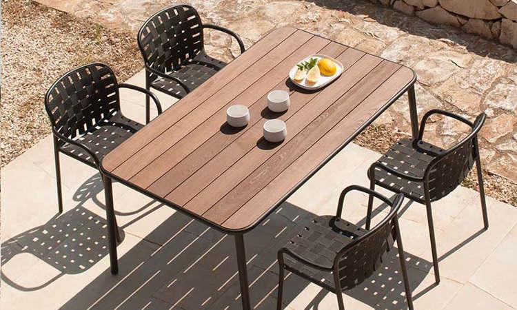 Yard, sedia da giardino con intreccio di cinghie elastiche