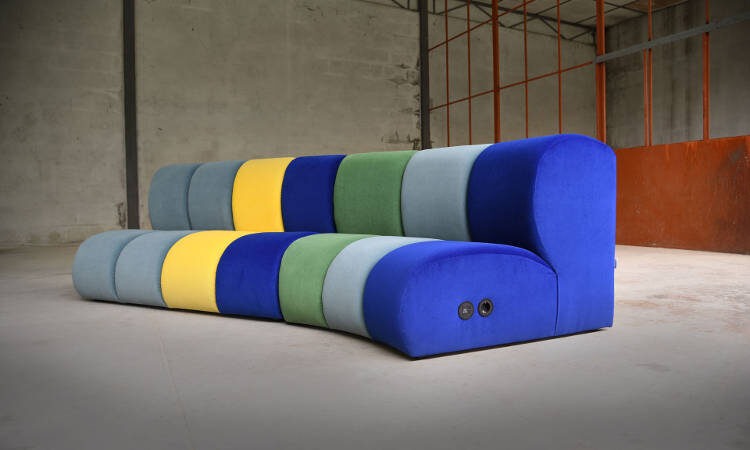 Nibbler, panca modulare moderna per l'arredo indoor