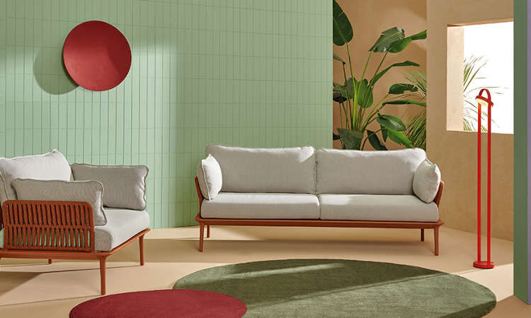Reva Twist, divano tre posti per l'indoor e l'outdoor