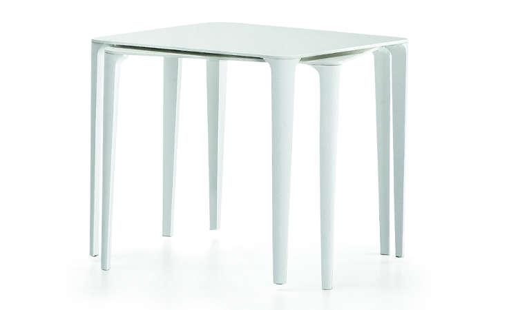 Nenè, tavolo tondo o quadro per l'arredo indoor e outdoor
