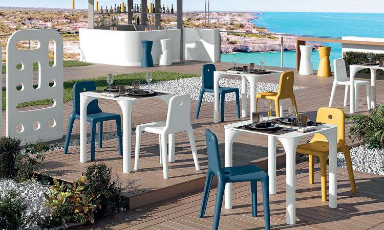 Mellow, sedia impilabile per spazi esterni